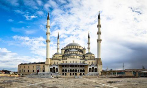 Moscheea Kocatepe din Ankara