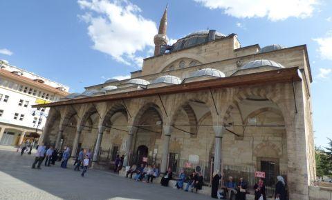 Moscheea Serafettin din Konya