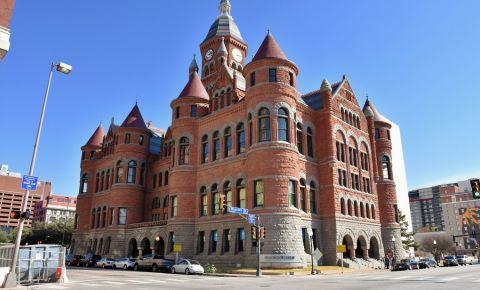 Muzeul Rosu din Dallas