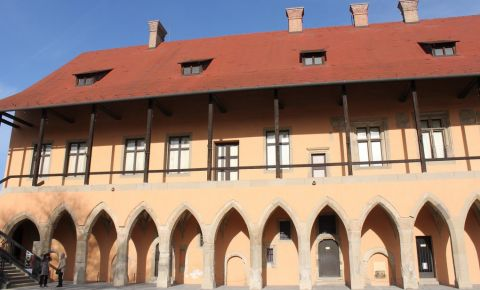 Palatul Arhiepiscopal din Eger