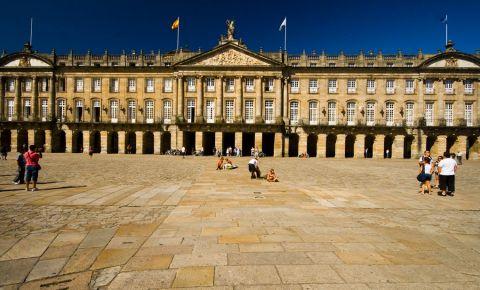 Palatul Raxoi din Santiago de Compostela