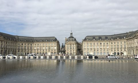 Piata Bursei din Bordeaux