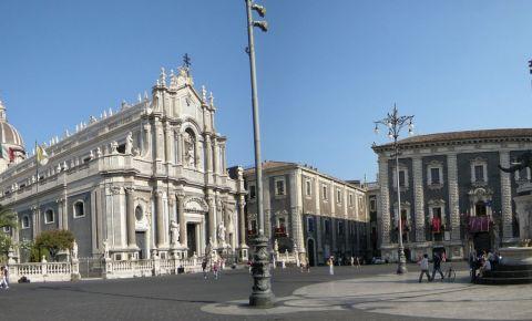 Piata Catedralei din Catania