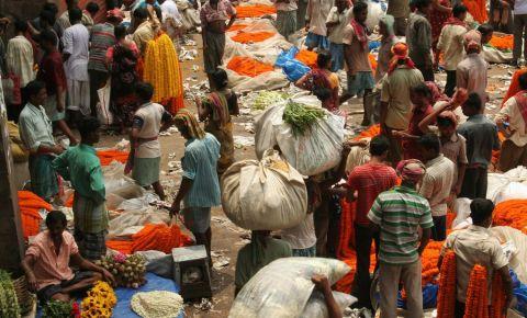 Piata de Flori Mullik din Calcutta