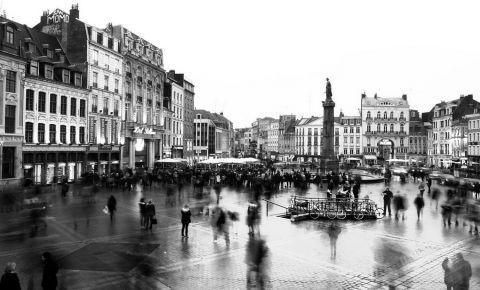 Piata General de Gaulle din Lille