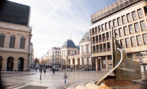 Piata Louis Pradel din Lyon