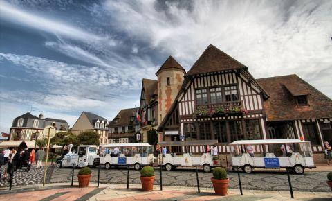 Piata Morny din Deauville