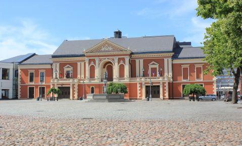 Piata Teatrului din Klaipeda