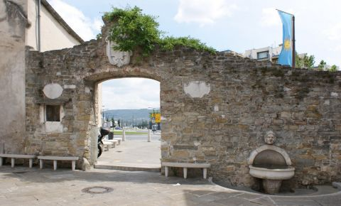 Poarta Muda din Koper