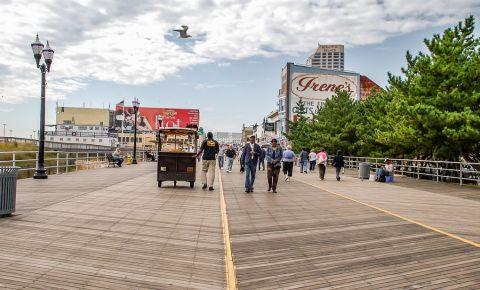 Promenada Boardwalk din Atlantic City