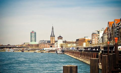 Promenada Rinului din Dusseldorf