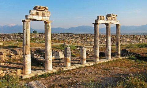 Ruinele Hieropolis din Pamukkale