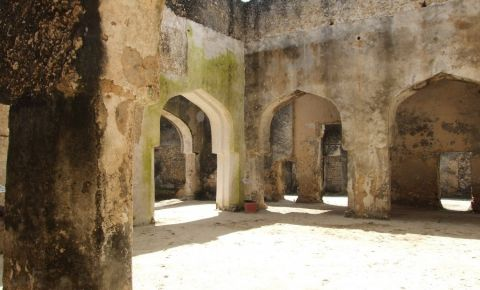 Ruinele Palatului Mtoni din Zanzibar