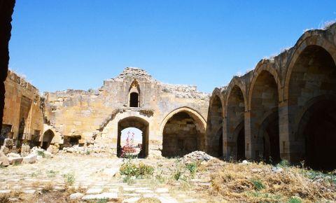 Ruinele Palatului Seljuk din Konya