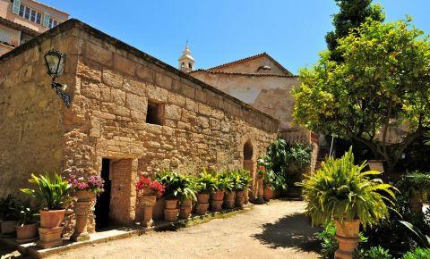 Ruinele Zidului Arab din Palma de Mallorca