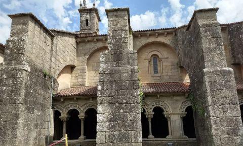 Biserica Santa Maria la Real de Sar din Santiago de Compostela