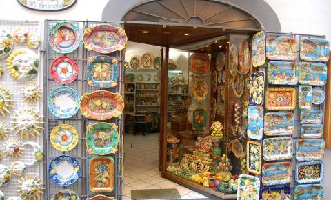 Shopping in Amalfi