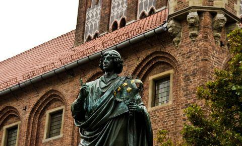Statuia lui Copernic din Torun