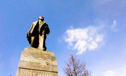 Statuia lui Lenin din Ulan Bator