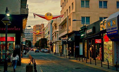 Strada Independentei din Limassol