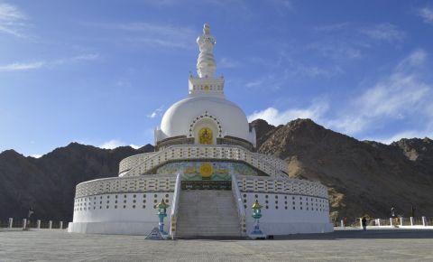 Stupa Shanti din Leh