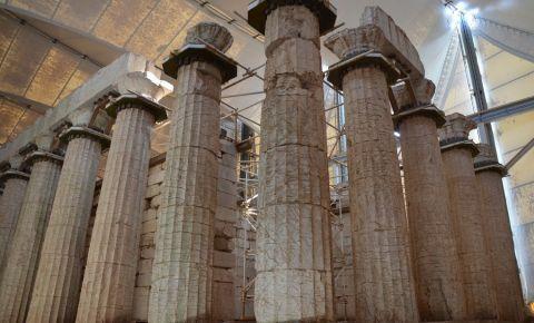 Templul lui Apollo Epikourios din Peloponez