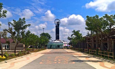 Monumentul Ecuatorului din Pontianak