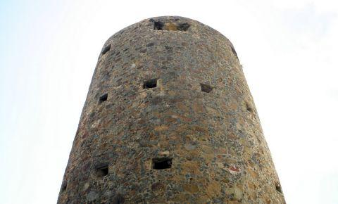 Turnul Blackbeard din Nassau