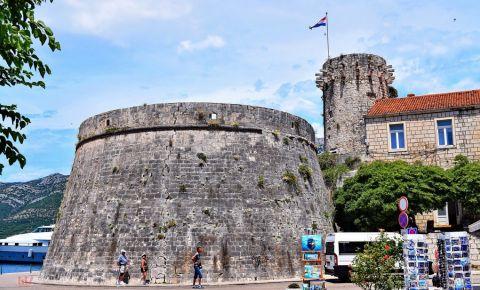 Turnul Mare al Guvernatorului din Insula Korcula