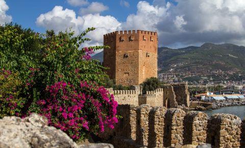 Turnul Rosu din Alanya