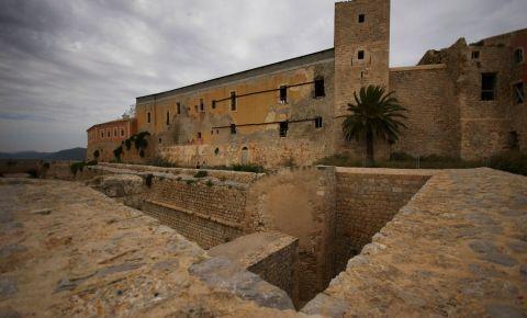 Zidurile Renascentiste din Ibiza