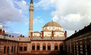 Bazarul Kizlaragasi Han din Izmir