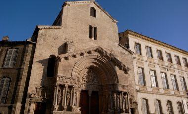 Biserica St Trophime din Arles