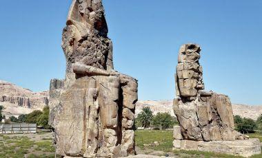Colosii din Memnon