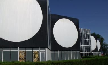 Fundatia Victor Vasarely din Aix En Provence