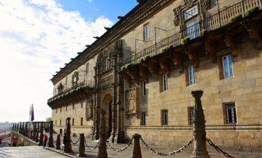 Hanul Regilor Catolici din Santiago de Compostela