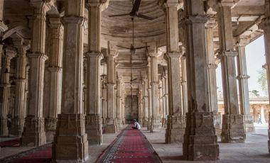 Moscheea Rani Sipri din Ahmedabad