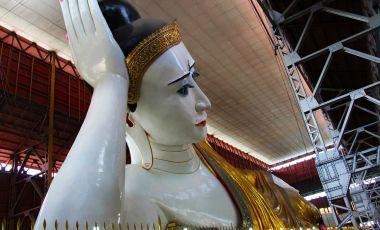Pagoda Chaukhatatgyi din Rangoon