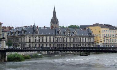Palatul de Justitie din Grenoble