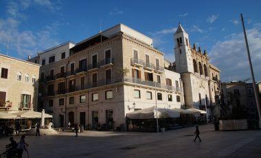 Piata Negustorilor din Bari
