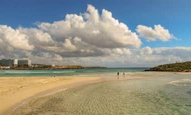 Plaja Nissi din Ayia Napa