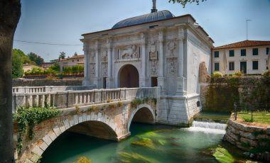 Podul Dante din Treviso
