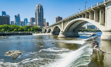 Situl istoric St Anthony Falls din Minneapolis