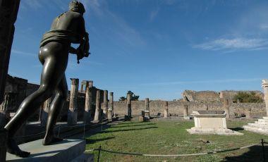 Templul lui Apollo din Pompei