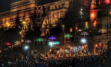 Templul Izvorul Cunoasterii din Varanasi