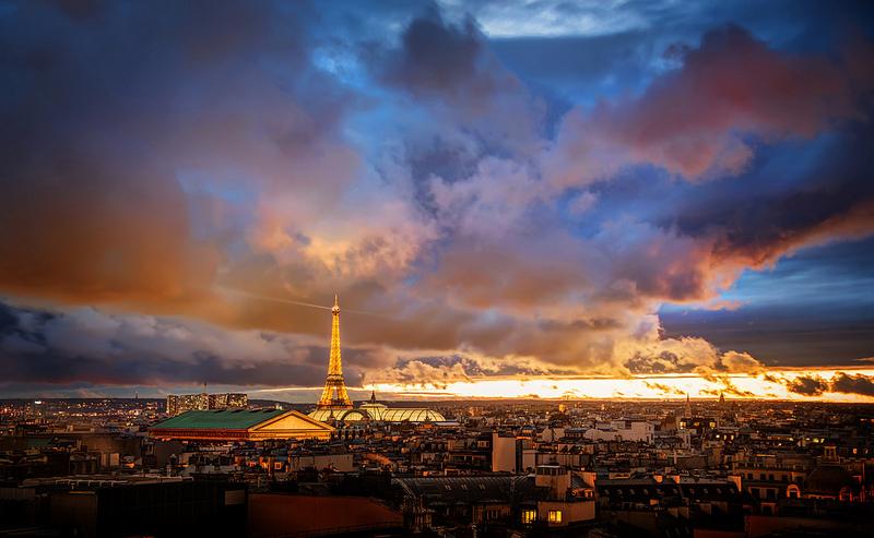 Poza Paris