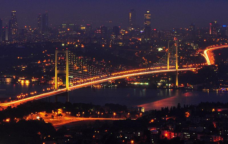 Podul Bosfor din Istanbul